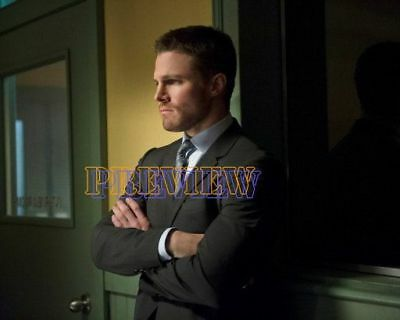 photo 8x10 - STEPHEN AMELL #0523-151028