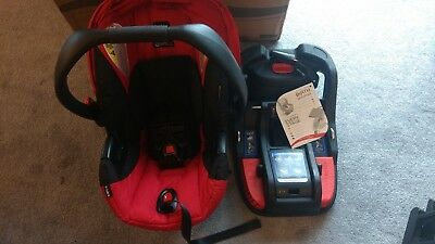 Britax B-Safe 35 Carseat and Base Red