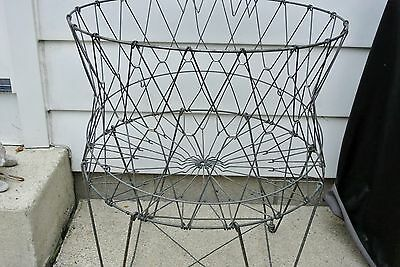 ALLIED WIRE LAUNDRY BASKET Collapsable Metal Hamper Fold Up Industrial Primitive