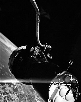 New 8x10 NASA Photo: Gemini 9 Spacecraft over Earth During Space Walk, 1966