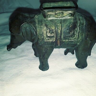 Antique 1905 Cast Iron Elephant Bank without Movable Trunk AC Williams