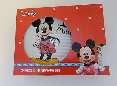 Disney Mickey Mouse I Love Minnie 3 Piece Ceramic Child's Dinnerware Set Hearts