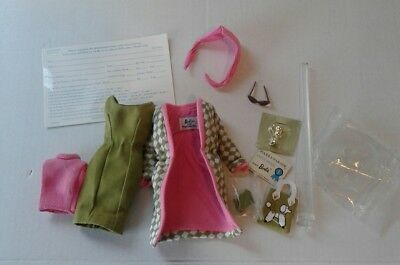 Poodle Parade Barbie Outfit and Accessories Reproduction