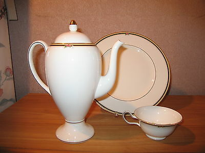 Wedgwood *NEW* Clio 5015670 1 Cafetière 90cl 6067 Coffee pot