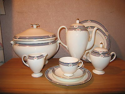 Wedgwood *NEW* Waverley Service 55 pièces Set 55 pieces Dinner service