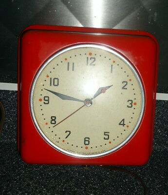 Vintage Red  Kitchen Wall Clock Working Mid Century General Electric Red Dot