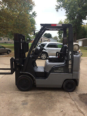 2004 Nissan 4000 lb Capacity Forklift, Cushion LP
