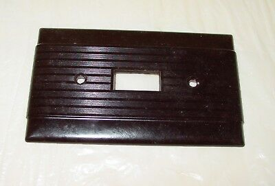 Vintage Arrow Hart Uniline Chocolate Brown Bakelite Ribbed Wall Switch Plate NOS