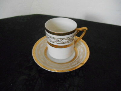 Beautiful Vintage White Porcelain Gold Gilding Small Tea Cup & Saucer ca. 1950