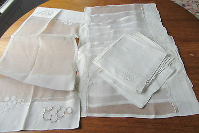 Vtge Madeira Organdy Grapes Vine Embroidery 8 Placemats & Napkins + Runner 17 pc