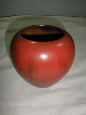 Beautiful Navajo Pinon Pitch Pottery Vase by Alice Cling/ LOOK!