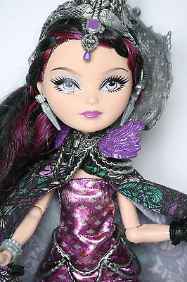 Ever After High Doll Raven Queen Schicksalstag Legacy Day