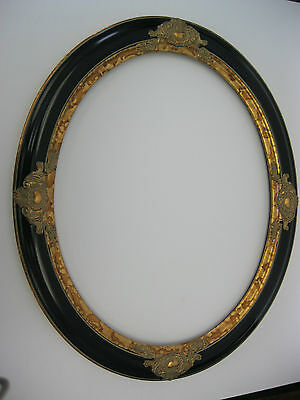 "OVAL PICTURE FRAME BLACK / GOLD 22x28'' MOULDING 2 1/2 "" WIDE"
