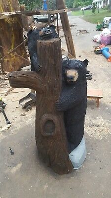 Chainsaw Carving Bear,  Rustic Cabin Wood Carving, chainsaws carving