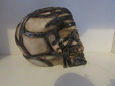 "LATEX  MOLD OF AN EXTRA LARGE SKULL 6""X4""X5"" high ZOOM IN TO PIC TO SEE DETAIL"
