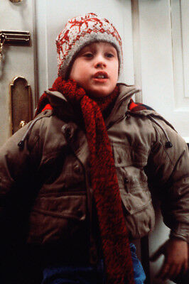 Home Alone Macaulay Culkin In Ski Hat And Coat 24X36 Poster