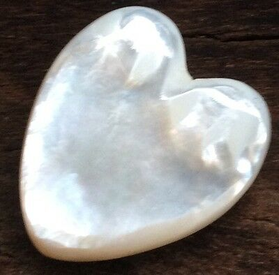 LARGE HEART SHAPE RAINBOW COLOUR LOOSE MABE SALTWATER PEARL 30 x 25MM AA-GRADE