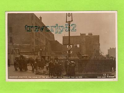 Clapham Junction scene of Great Fire 1909 London RP pc Card House Ref C106