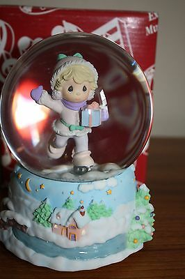 Precious Moments 'Water Globe Music Box""