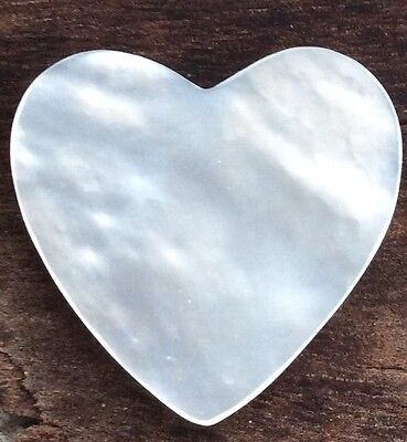 LARGE HEART SHAPED RAINBOW COLOUR LOOSE MABE PEARL 30 x 25MM  SALTWATER B+ GRADE