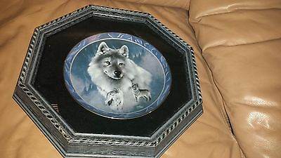 Wood Framed Wolf Plate-Eddie Le Page -Silver Scout-Spirit Of The Wilderness