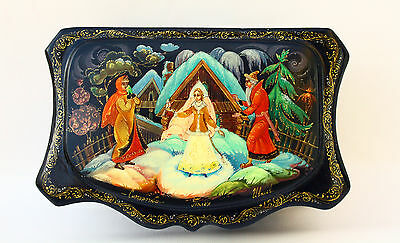 """Vintage Russian Hand Painted Paper Mache Lacquer Box  Palekh """"Snow-Maiden"""", Sign"""