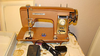 Vintage Brother 921 Sewing Machine with carrying case