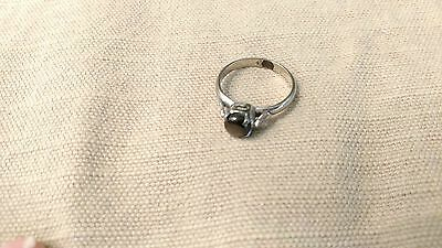 GLAM Vintage Ring 10k white gold gray chatoyant stone MOP? obsidian? sz 5.5