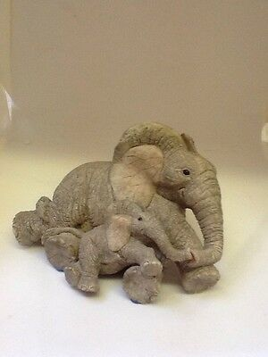 Tuskers Elephant 90914 ~ Safe N' Sound~ Hand Painted~ VGC