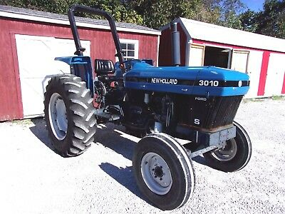 New Holland 3010S Tractor  CAN SHIP @ $1.85 loaded mile