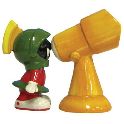 Marvin the Martian and Telescope Ceramic Salt and Pepper Shakers Set, NEW UNUSED