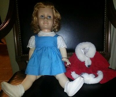 1Owner Chatty Cathy Blue Dress #2 Blonde Doll +Xmas Outfit Freckle Face Pageboy