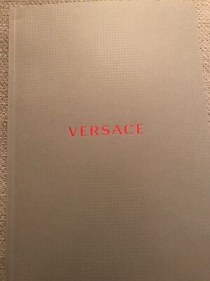 Auth Versace Women's Collection Spring Summer 2017 Look Book Fashion Catalog
