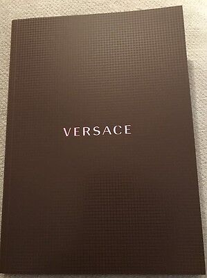 Auth Versace Men's Collection Spring Summer 2017 Look Book Fashion Catalog
