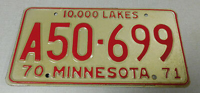 1970/71 Minnesota commercial vehicle license plate