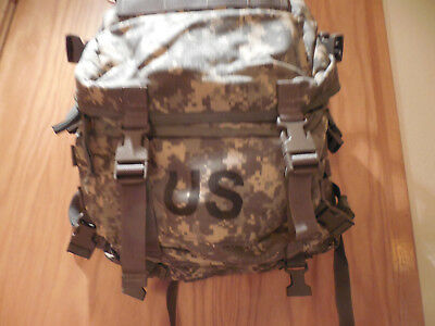 New US army military issue digital acu assault 3 day molle backpack     [b005]