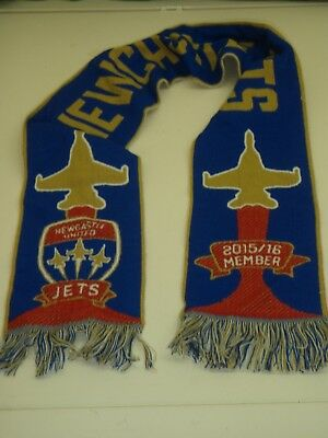 a -  league newcastle jets scarf 2015/16 member scarf