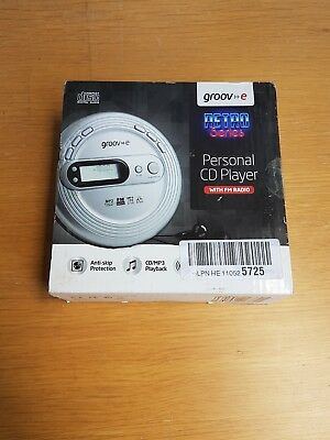 Groov-E Retro Series Personal Cd Player With Radio And Mp3 Player - Silver