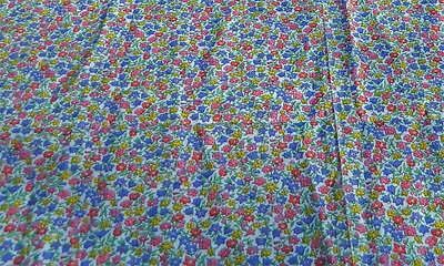 VINTAGE Beautiful 1960s-70s Original Flower Power Retro Fabric 91 x 251 cm