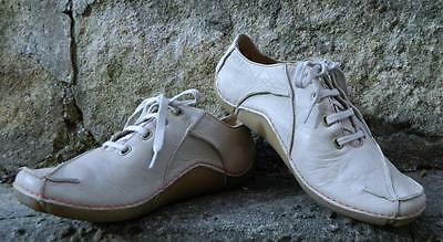 VINTAGE Clarks Leather Rubber Classic Sporty Shoes