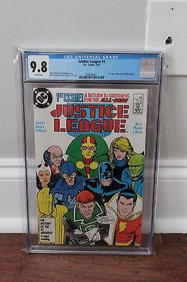 Justice League 1 - Movie Coming - CGC 9.8 (NM/M) - White Pages - FREE SHIPPING
