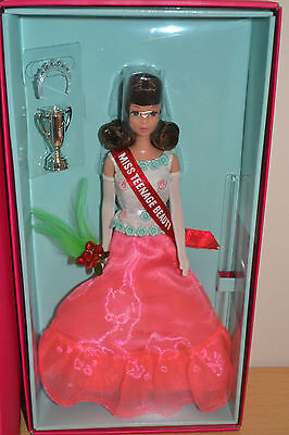 2016 Exclusive Gold Label 50th Anniversary FRANCIE Barbie - BRAND NEW