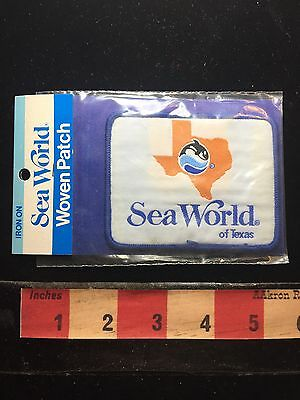 Vtg In Package Souvenir SeaWorld Sea World TEXAS Jacket Patch Theme Park 73G2