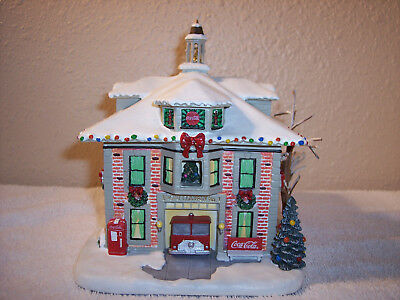 "Hawthorne Village Coca-Cola Holiday Village Collection ""Firehouse"""