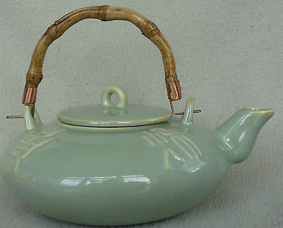 High Gloss Ceramic Mint Green Teapot 16 oz. Bamboo & Copper Handle Chino 4x7.5""