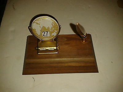 Vintage Mid Century Desk Set With Pen Calendar & Original Box Excellent
