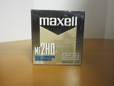 (New old stock) 30 pack - Maxell MF2HD High Density Floppy Disks. 1.44mb - 3.5in