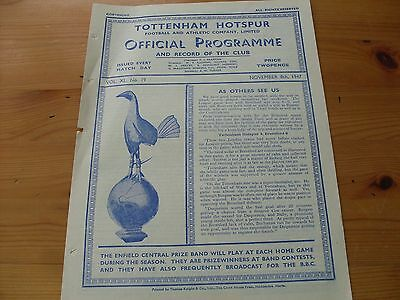 Tottenham Res v Swansea Res programme dated 8-11-1947   (R002)