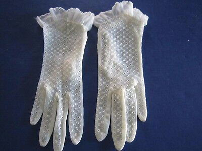Vintage Ladies Ivory Sheer Nylon Ruffles Eyelet Summer WEDDING GLOVES  $10.49