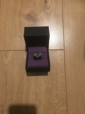 Dishonored 2 Emily Kaldwins Ring And Case   - Brand New